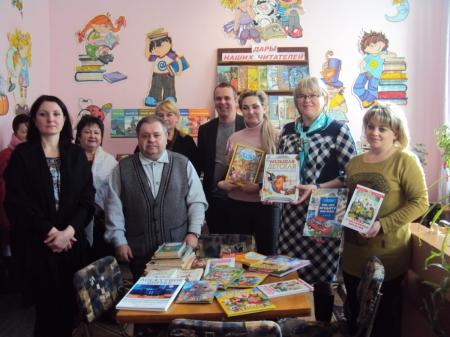 В поселковой библиотеке Орджоникидзе стало больше на 131 книгу