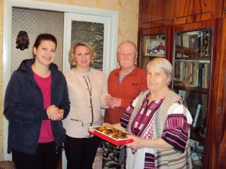 В поселке Орджоникидзе  чествовали юбиляра-долгожителя