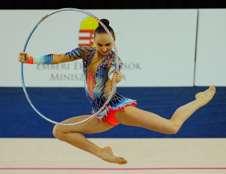 Юные спортсменки из Крыма и других регионов России посоревнуются в рамках открытого турнира по художественной гимнастике в Феодосии