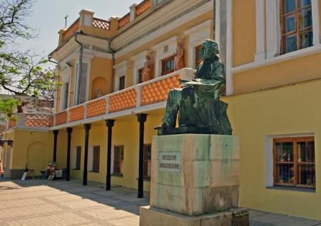 Реставрация Феодосийской картинной галереи им. Айвазовского пройдет до 2017 года