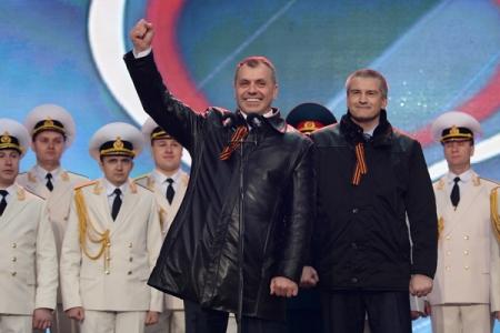 Аксёнов и Константинов примут участие в Параде Победы в Феодосии, а полпред Белавенцев – в Севастополе
