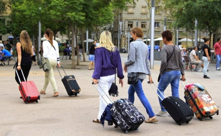 Более 100 тысяч туристов посетили Феодосию с начала года