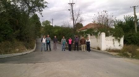 Жители улеци  Панова перекрыли проезд
