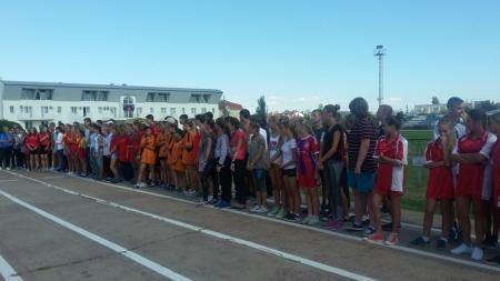 В Феодосии проводят спортивные соревнования среди школьников