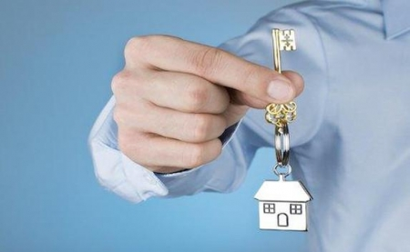Министр ЖКХ России вручит ключи от новых квартир 100 семьям