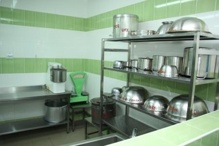Ремонт пищеблоков в четырех феодосийских школах завершится до конца года