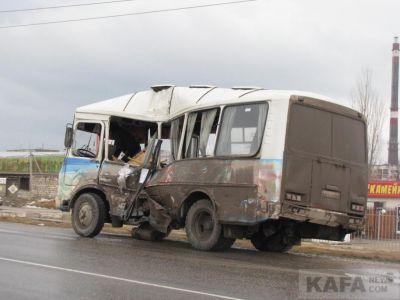 ДТП в Феодосии  бензовоз столкнулся с автобусом (Дополнено)