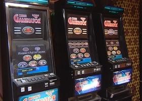 Крымские спецслужбы накрыли сеть подпольных казино, которые действовали и в Феодосии.(Видео)