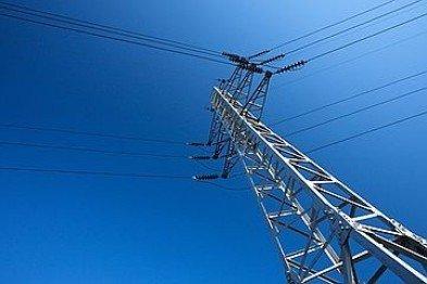 Работники «Крымэнерго» восстановили энергоснабжение 84 населенных пунктов