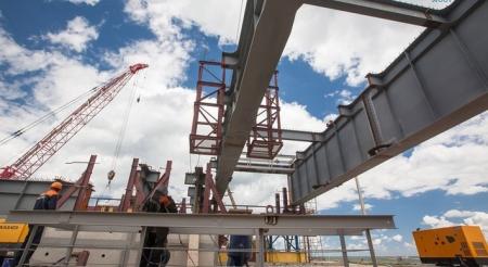 Строители приступили к монтажу арок судоходного пролёта Крымского моста (Видео)