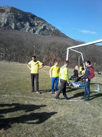 В Феодосии игру в футбол приравняли к митингу. (Видео)