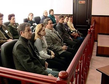Присяжные в Верховном суде Крыма начнут рассматривать уголовные дела с 1 января 2018 года